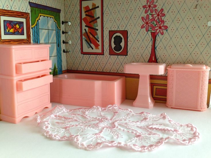 Marvelous Renwal PINK Vintage Doll House Furniture Renwal Ideal Marx Plastic