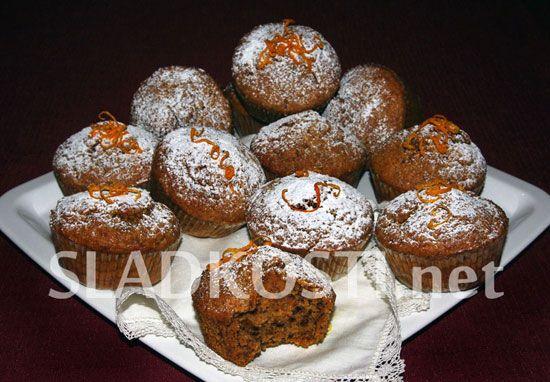 Mrkvové muffiny s ořechy