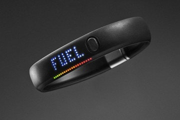New Nike Fuel Band: keep track of & compare your physical activities