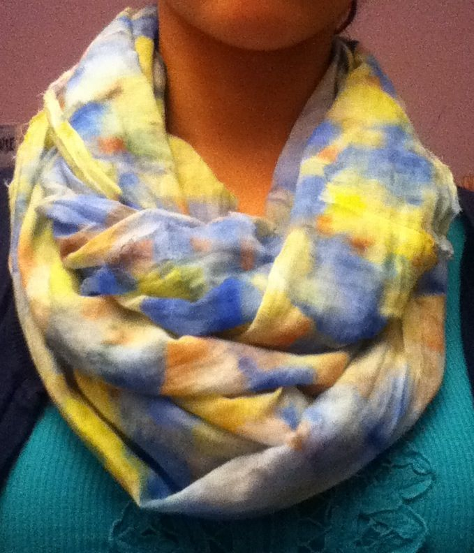 DIY watercolor infinity scarf: easy and pretty! Take a piece of white fabric, draw on squares of paper towel with sharpie, douse it with rubbing alcohol, and stamp onto the fabric! Be careful not to breathe in the fumes too much;)
