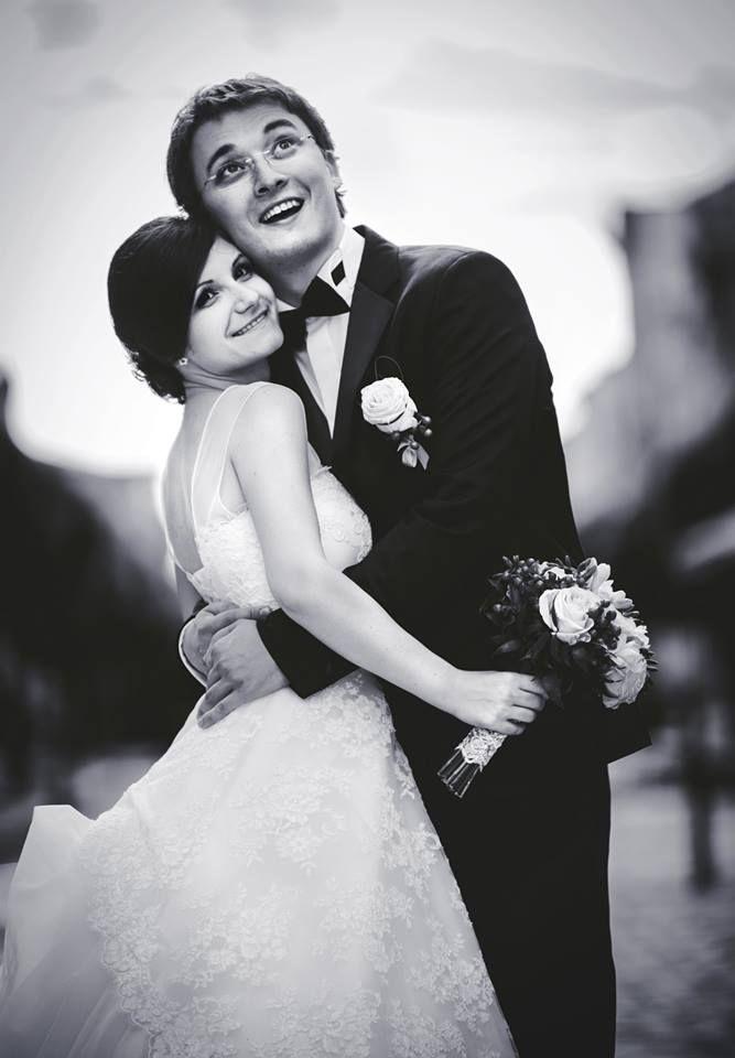 Wedding Photography by Poze cu Ursu', find us on Facebook: https://www.facebook.com/poze.cu.ursu