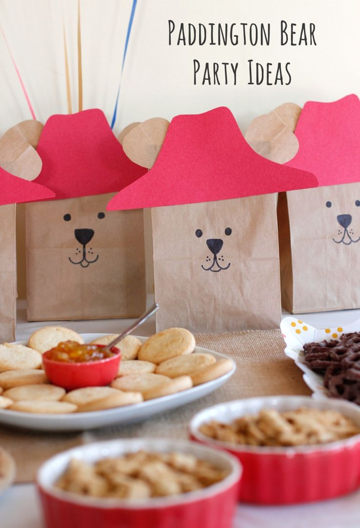 Paddington is acute and cuddly, often times curious, little bear. Fans of the books will be excited to know that a new Paddington film is arriving in theaters everywhere this January 16th! Enjoy these party ideas from @makeandtakes!