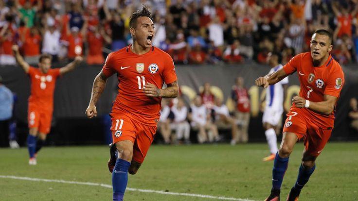 Chile uses Eduardo Vargas brace to beat Panama and advance at Copa America