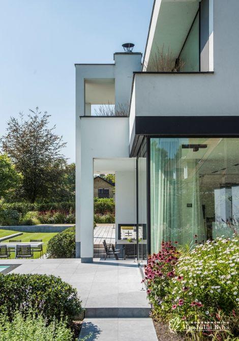 25 beste idee n over open ruimtes op pinterest kantoorruimte ontwerp zolderinterieur design - Zwembad met kookeiland ...