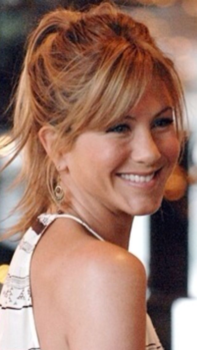 Hair ~ Medium, bangs, hair cut, Jennifer Aniston