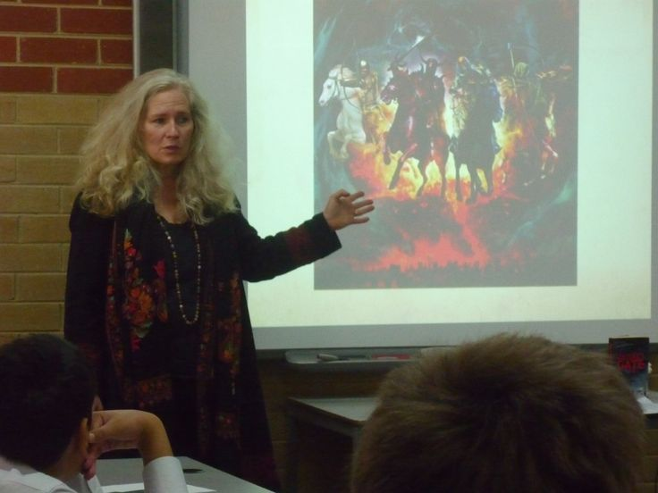 Literature Alive comes to MHS | Melbourne High School Library