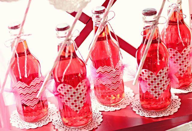 Valentines strawberry crush bottles: Kids Parties, Valentines Parties, Valentines Ideas, Valentines Drinks, Parties Drinks, Pink Drinks, Valentines Day Parties, Parties Ideas, Parties Tables