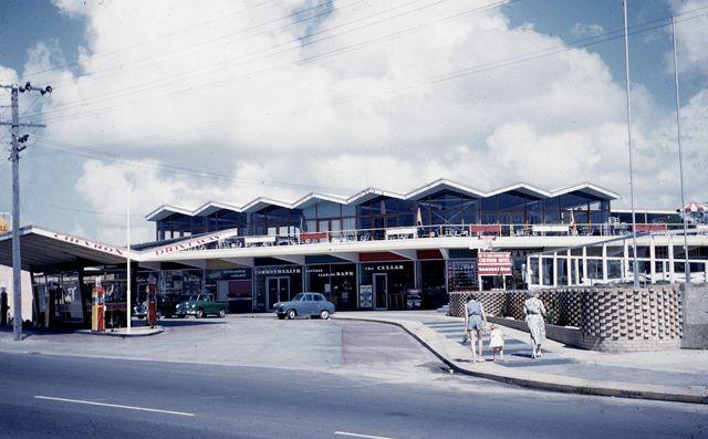 chevron hotel, surfers paradise, 1960