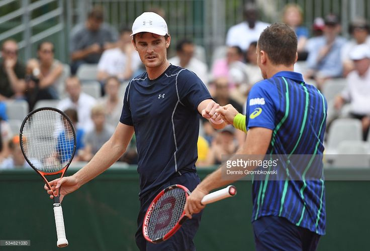 Jamie Murray of Great Britain and Bruno Soares of Brazil (Photo by Dennis Grombkowski/Getty Images)