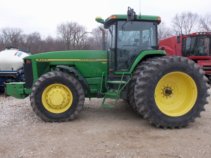 John Deere 8400.THis was the only 8000 Series tractor to get the turbo 496 cid diesel.When it broke & set many Nebraska test records in 1995 the other 3 tractors-8100,8200,8300 all recieved the this same 496 diesel in 1996 along with the quartet of 8000T track tractors