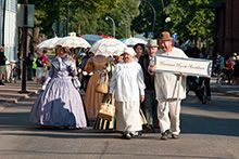 From Haminan Hywät Asukkaat you can order drama performances for various events or guided tours of Hamina