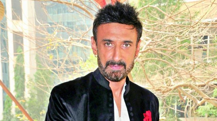 Rahul Dev Filmography – Get Complete Information of Rahul Dev movie list from 1997-2017 to till date. Also get the complete list of Rahul Dev latest and upcoming Bollywood films till now.