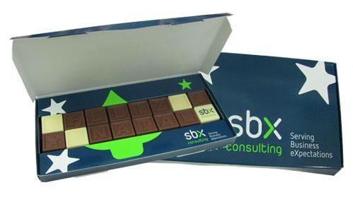 Ofrezca a sus empleados y clientes un regalo de Navidad personalizado agradable para su empresa.