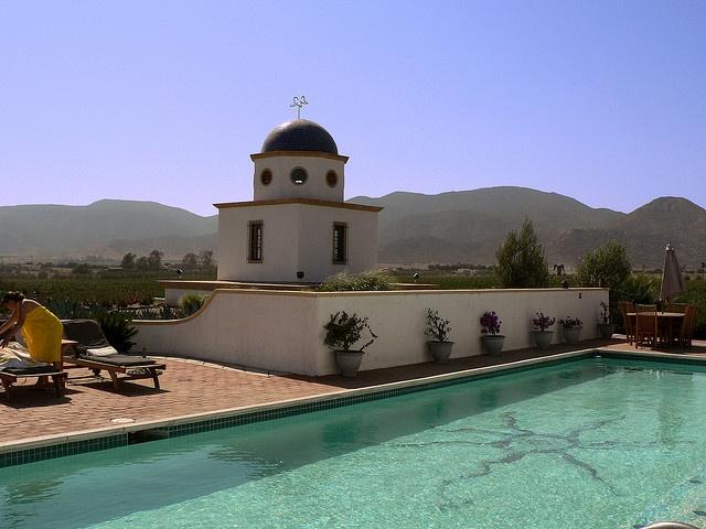 Hacienda y Viñedo Adobe Guadalupe, Valle de Guadalupe, Baja California / Adobe Guadalupe winery & boutique hotel.  Raúl Vega.
