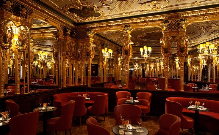 Cafe Royal Hôtel in London: his is your chance to enjoy the 5 star luxury of a room where Oscar Wilde fell in love, Aubrey Beardsley debated with Whistler, Churchill enjoyed many a cigar, David Bowie retired Ziggy Stardust, and Mick Jagger, the Beatles and Elizabeth Taylor danced the night away.