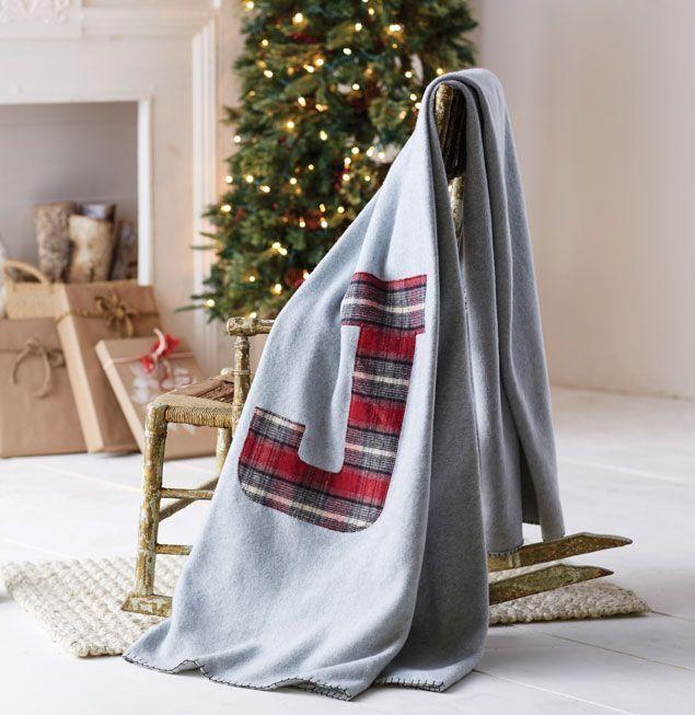 makers guide  fleece monogram blanket