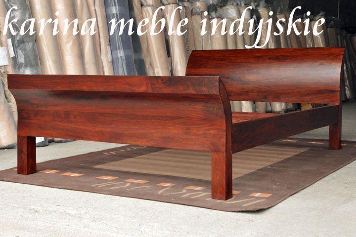 Efektowne i niezwykle wygodne łóżko. Odchylony, lekko zaokrąglony zagłówek jest bardzo praktyczny dla osób lubiących czytać w łóżku, daje solidne podparcie dla pleców i poduszki. Prosty kształt łóżka sprawia że mebel ładnie wpisuje się w stylistykę współczesnych wnętrza. #meblekolonialne - meble indyjskie  Łóżko wykonane jest ręcznie z palisandru indyjskiego, drewna szczególnie cenionego przez stolarzy na całym świecie. http://karinameble.pl/