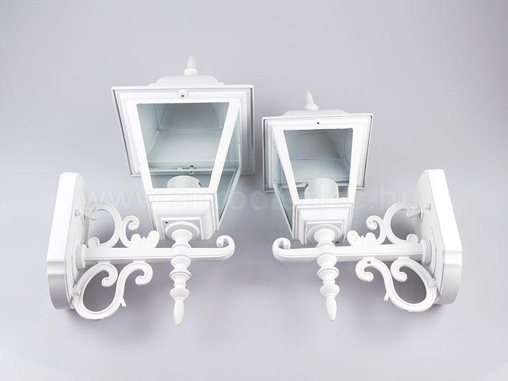 V-TAC Damas kültéri lámpa két méretben, hófehér színben, díszes motívumokkal - akárcsak egy valódi kovácsoltvas lámpával állnánk szemben!