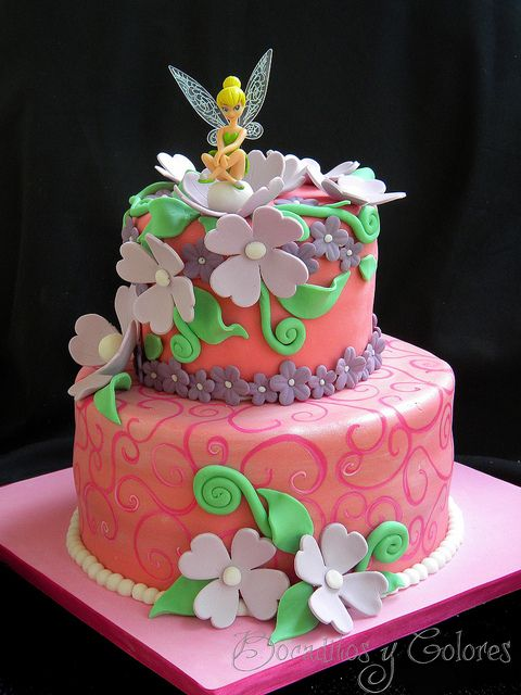 Tinkerbell cake by Bocaditos y Colores (Erika), via Flickr