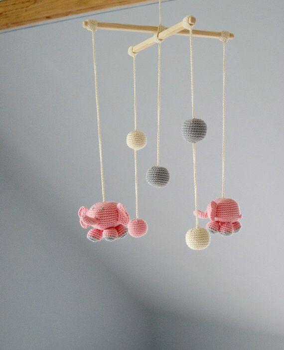 Móvil decoración de la habitación de elefantes por YarnBallStories