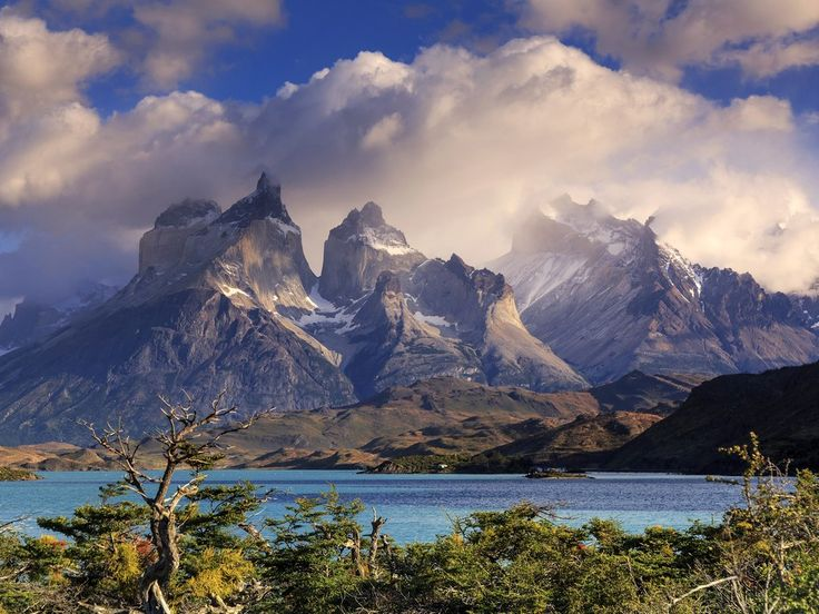 Torres del Paine is like a microcosm of all the things that make Patagonia such a spectacular place: sky-high mountains, blue icebergs, and mythical lakes.