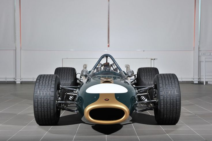 1966 Brabham-Repco BT20 Formula 1 Car with Repco developed Oldsmobile F85 V8 into a 3000cc F1 engine.