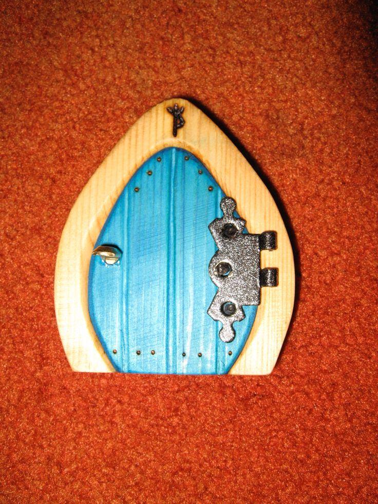 17 best images about wooden fairy doors on pinterest for Wooden elf door