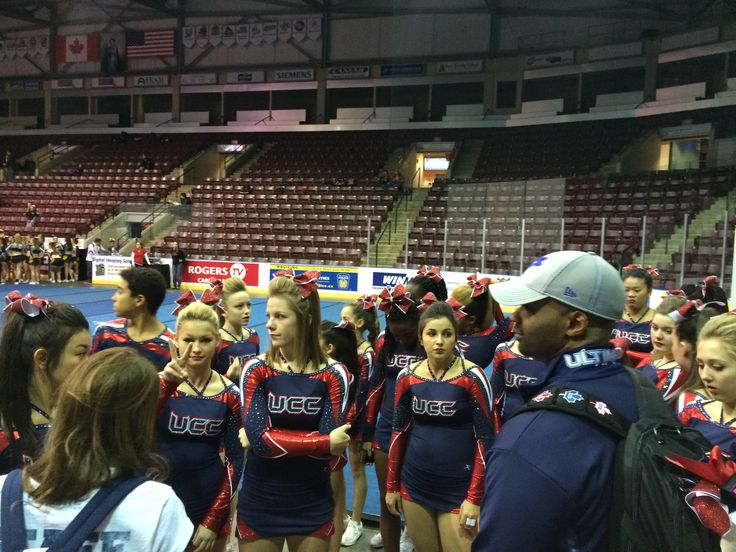 Pre-practice mat discussion with the Tigers www.ultimatecheer.ca #BeUltimate
