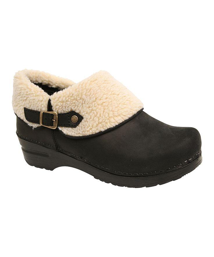 Black Leather Brye Clog Shoe feddish!