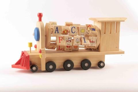 The multiple benefits of wooden toys for children encourage many parents and teachers to give them a special role in the lives of the children in the house.  https://ritzceli.com/blogs/news/10-benefits-of-using-wooden-toys