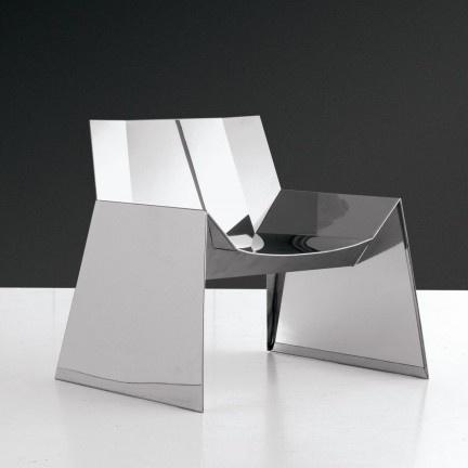 Industrial Origami · ArchitekturInnenarchitektur InspirationMöbeldesignStuhl  DesignMöbelhausMöbel Aus MetallEinrichtungshäuserEsszimmerstühleLounge  Stühle