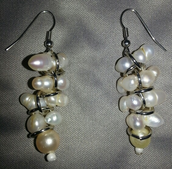 Aretes en perlas y plata