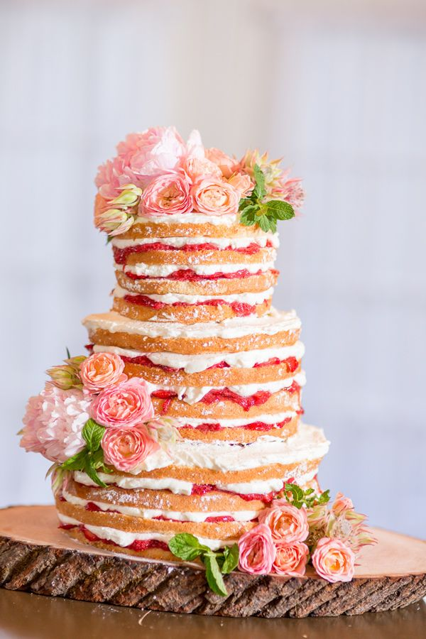 strawberry shortcake dessert - photo by Rodeo and Co Photography http://ruffledblog.com/peach-wedding-at-alerin-barn #weddingcake #cakes