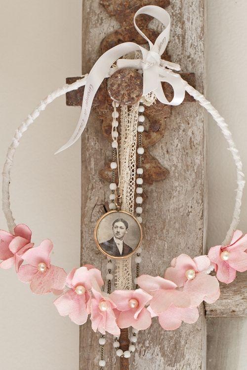 Des couronnes de fleurettes pour fêter le printemps - Grange de charme                                                                                                                                                                                 Plus