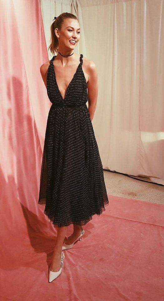 Karlie Kloss's Guggenheim International Gala getting ready photo diary.