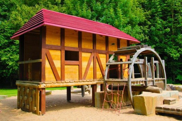 DRACHEN BAUEN, ORIGAMI FALTEN, PAPIER SCHÖPFEN... Puzzles selber machen,das Leben der Papiermacherkinder erleben... Das Herbstferienprogramm des LVR-Industriemuseums Papiermühle Alte Dombach ist wirklich abwechslungsreich. #Spielplatz #Bergisch #Gladbach #Alte #Dombach #Wasserspielplatz #im #Bergischen #Museum #Papiermühle #Papiermuseum #LVR #mit #Kind #Kindern #Ausflug