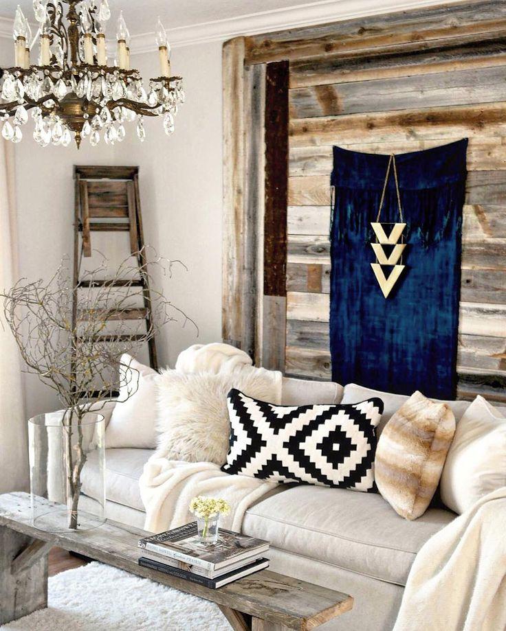 Best 25 bohemian chic decor ideas on pinterest boho for Boho chic living room designs