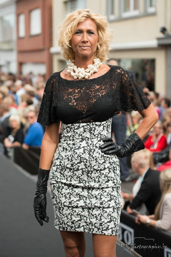 Anne De Baetzelier - Wikipedia