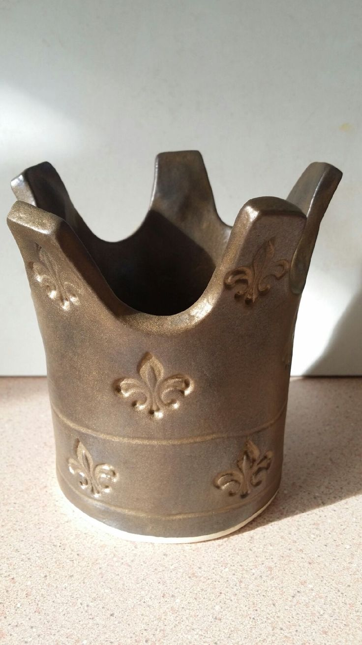 hand built crown for candle