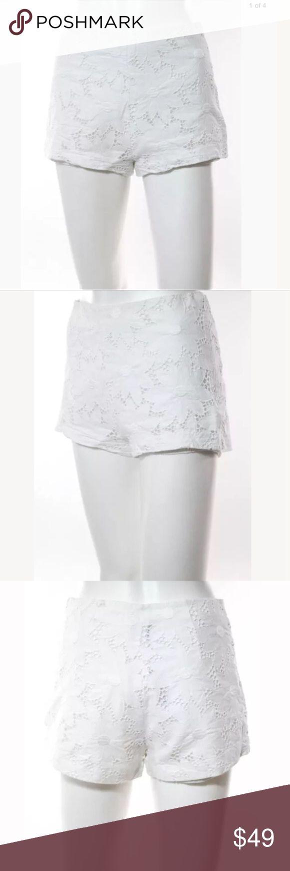 Lisa Perry white lace shorts Sz 8 nwot White lace shorts nwot lisa perry Shorts