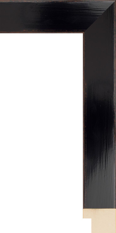 Komodo moulding