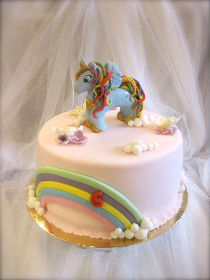 My Little Pony cake with Rainbow dash My little Pony kakku  www.kakkuhelmi.fi