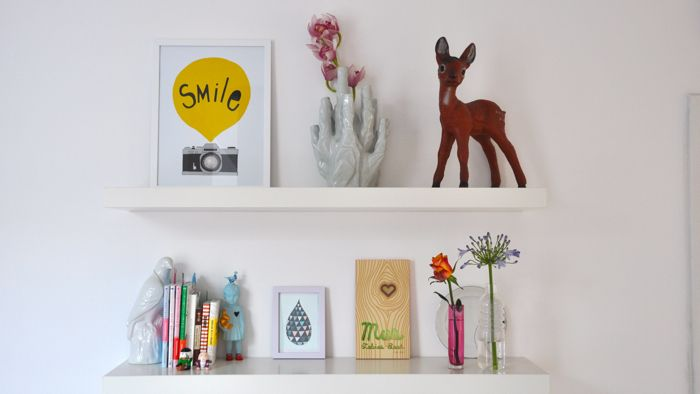 In the home of Zilverblauw; love the deer and the prints!