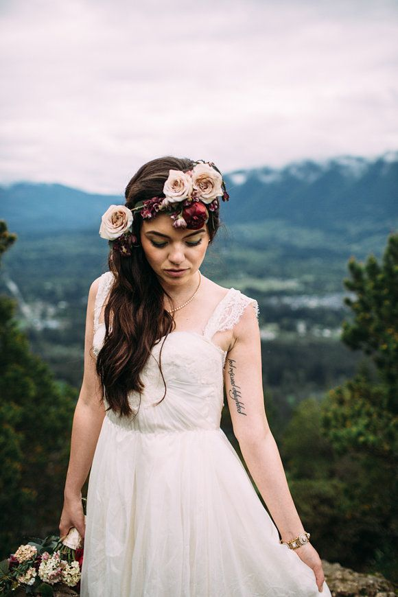 North Bridal Hairstyles With Flowers : 516 best flower crowns and fairy dust images on pinterest