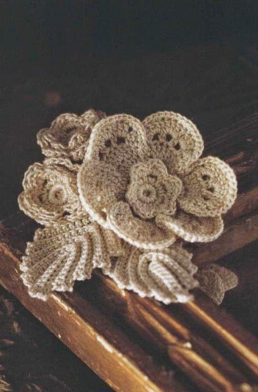 Ivelise Feito à Mão: Flor Em Crochê