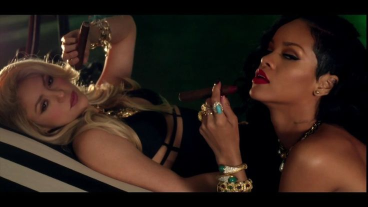 "Shakira & Rihanna: ""Can't Remember to Forget You"" Video Premiere"