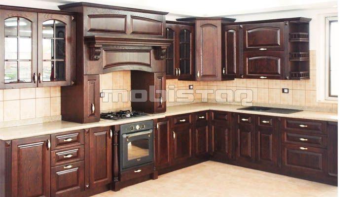 bucatarie cu mobila lemn masiv