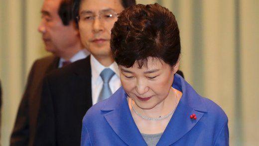 Südkoreas Präsidentin droht Amtsenthebung: Ränkespiele im Blauen Haus - SPIEGEL ONLINE - Nachrichten - Politik