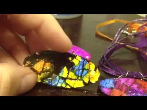 Egg shell mosaic pendants ,,, Pinned for inspiration only. These are not done very well, and there isn't a tutorial. I do like the idea though, and think I can expand on it to make something really nice!