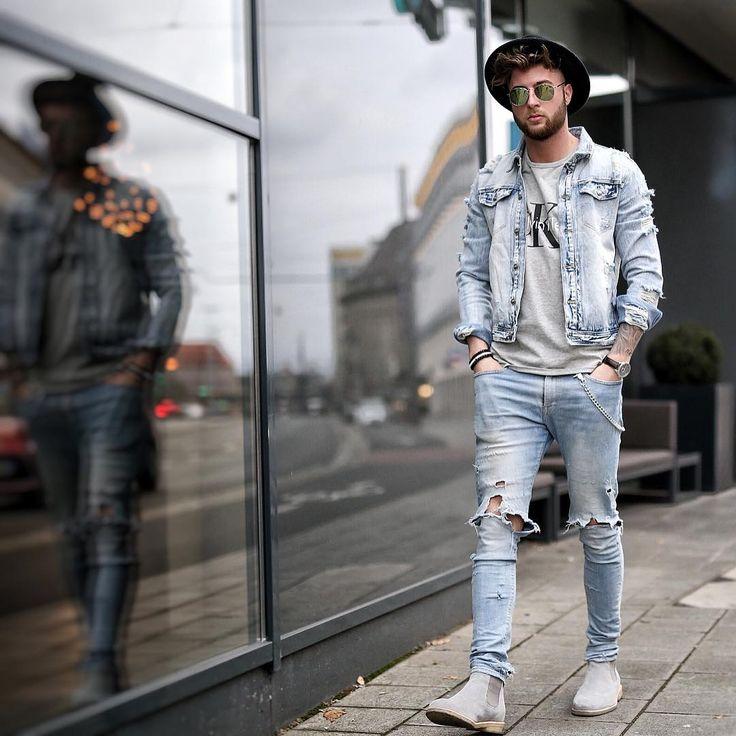 """3,788 次赞、 109 条评论 - Tobias (@tobilikee) 在 Instagram 发布:""""A L L D E N I M * Watch by @mccabewatches  Shirt by @zalando  Jeans by #selfmade Armband by…"""""""